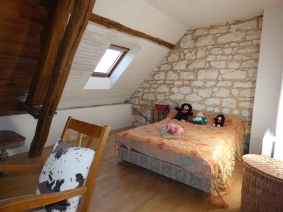 Maison De Village En Bon Etat De 173 M² Habitables