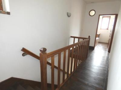 Maison De Village De 120 M² En Bon Etat