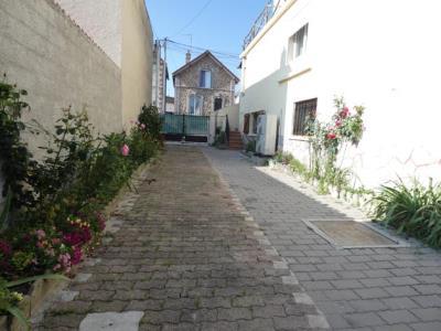 Maison De Ville Tbe De 121 M² Sur Sous Sol