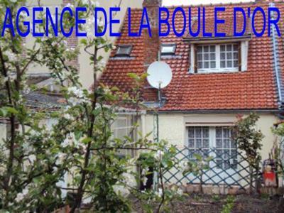 Maison De Ville En Bon Etat Situee Au Centre Ville